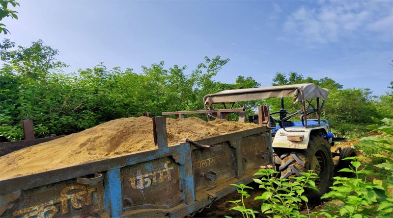 रानीपुर क्षेत्र में रेत का अवैध खनन जोरो पर