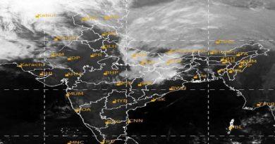 देश के कई हिस्सों में 30 अप्रैल तक आंधी, भारी बारिश और बर्फबारी का अलर्ट, जानें आपके इलाके में कैसा रहेगा मौसम