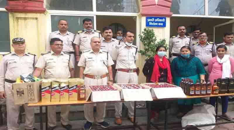 ग्वालियर में आबकारी विभाग सक्रिय, छापेमारी में जब्त की 50 हजार रुपये की शराब, 13 बोतलें आर्मी कैंटीन की बरामद